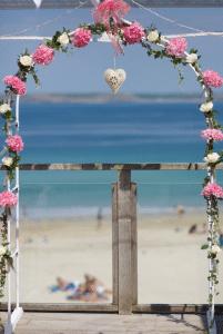 Flower Arch Porthgwidden Beach